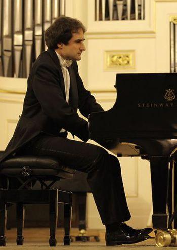 «У СЕРЦІ ЄВРОПИ» БАЛАЖ ФЮЛЕЇ (фортепіано) Угорщина
