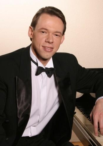 Л.В. Бетховен. Анрій Кутасевич (фортепіано)