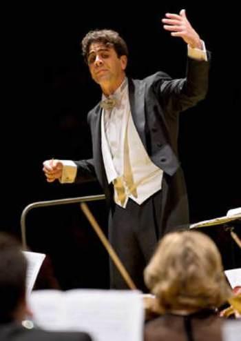 Національний симфонічний оркестр України, Нікола Джуліані (Італія)