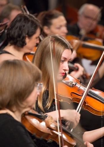 Симфонічний оркестр НФУ, диригент – Грегор Ханнеман (Німеччина)